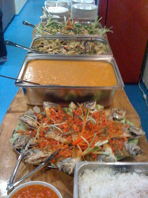 Fishes Cafe Thai Seafood Buffet Stradbroke Island
