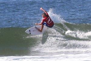Noa Deane : photo Jake White/Surfing Queensland